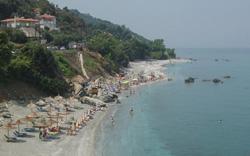 Παραλία στον Αγιόκαμπο Λάρισας